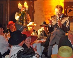 firmenfeier-comedy-showeinlage-buchen